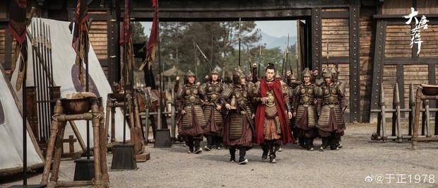 Vu Chính khoe người đẹp cổ trang trong phim mới Đại Đường Nữ Nhân Hành, ai ngờ mỹ nhân này đã... 70 tuổi - Ảnh 3.