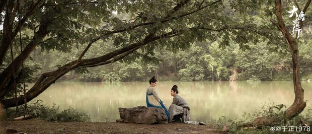 Vu Chính khoe người đẹp cổ trang trong phim mới Đại Đường Nữ Nhân Hành, ai ngờ mỹ nhân này đã... 70 tuổi - Ảnh 2.
