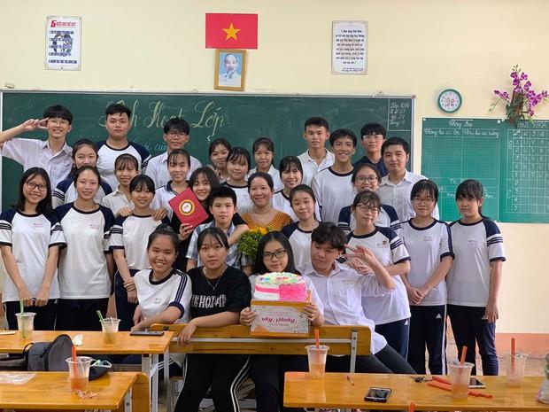 Làm nhật ký thủ công tặng cô giáo, học sinh Vĩnh Long khiến cộng đồng mạng trầm trồ trước độ khéo tay vô cực - Ảnh 7.
