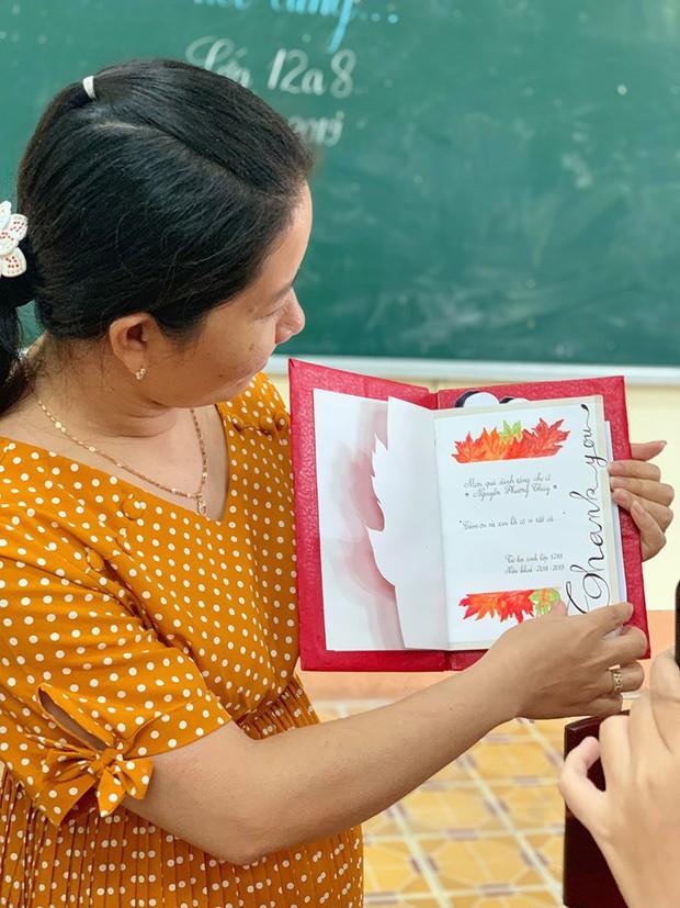 Làm nhật ký thủ công tặng cô giáo, học sinh Vĩnh Long khiến cộng đồng mạng trầm trồ trước độ khéo tay vô cực - Ảnh 4.
