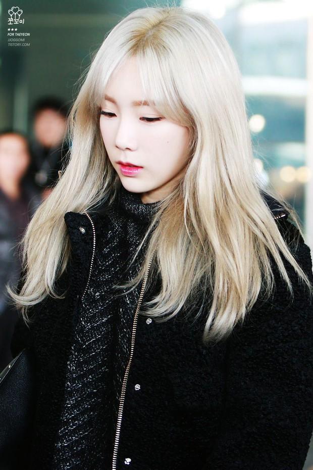 Loạt idol Kpop gây bão nhờ tóc vàng bạch kim: Người vịt hóa thiên nga, lên hẳn top trend, kẻ tuột dốc không phanh - Ảnh 5.