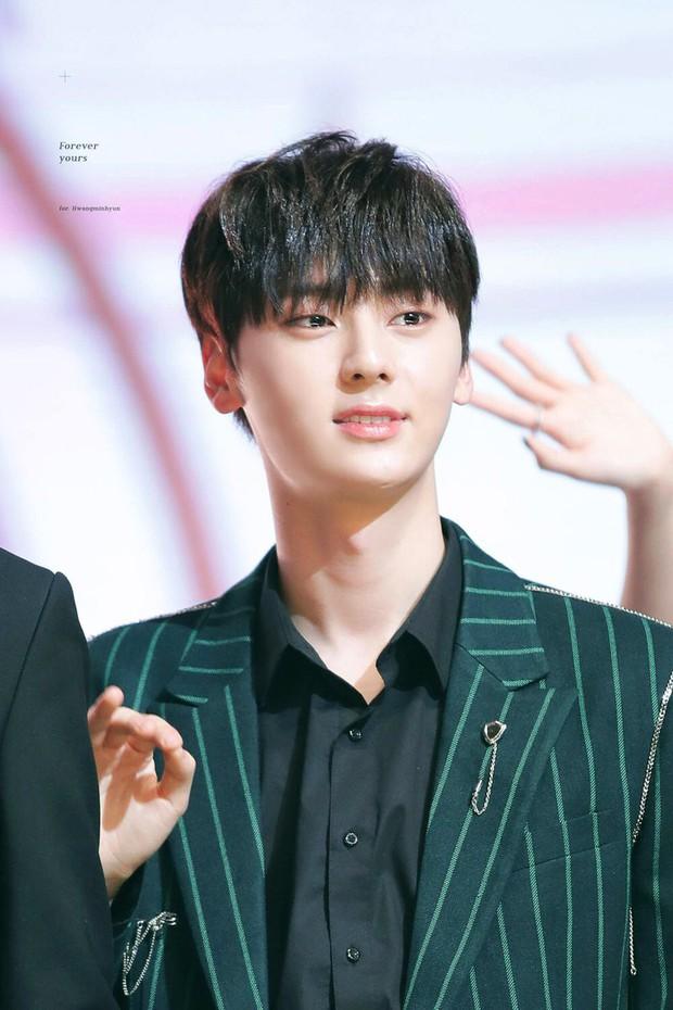 Hé lộ line-up khủng của show Hàn-Việt cuối tháng 6: 1 nhóm nhạc nam Kpop cực hot sẽ bùng nổ bên Thủy Tiên, Hòa Minzy - Ảnh 2.