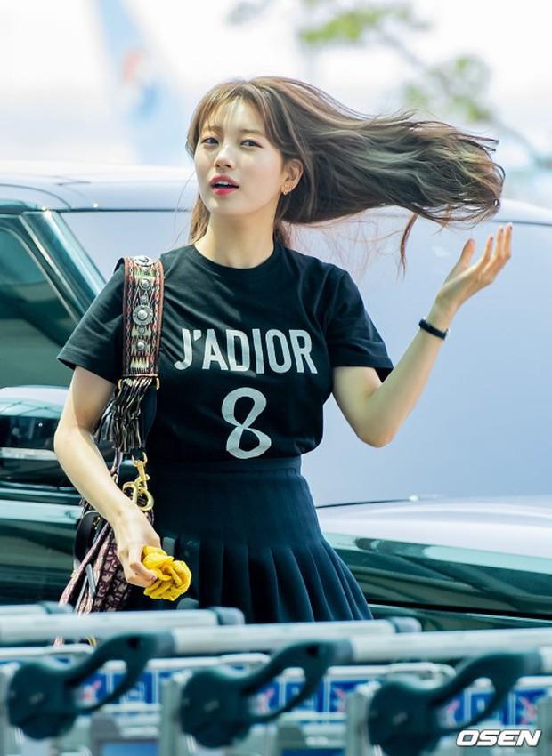 Taeyeon gây choáng với nhan sắc đỉnh đến mức lấn át cả nữ thần Suzy, Irene đẹp bất chấp bên Red Velvet tại sân bay - Ảnh 8.