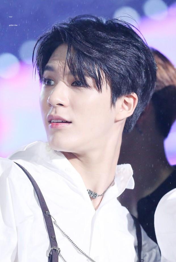Loạt idol Kpop gây bão nhờ tóc vàng bạch kim: Người vịt hóa thiên nga, lên hẳn top trend, kẻ tuột dốc không phanh - Ảnh 25.