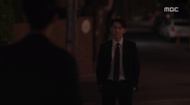 Đêm Xuân tập 9: Han Ji Min nựng môi trai đẹp, nổi cơn tanh bành khi crush bị bồ cũ khẩu nghiệp - Ảnh 14.