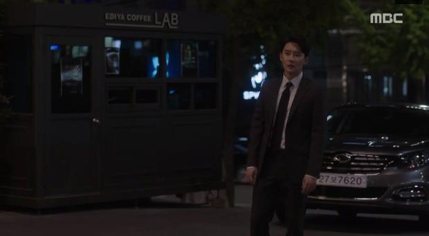 Đêm Xuân tập 9: Han Ji Min nựng môi trai đẹp, nổi cơn tanh bành khi crush bị bồ cũ khẩu nghiệp - Ảnh 11.