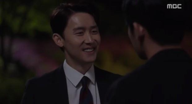 Đêm Xuân tập 9: Han Ji Min nựng môi trai đẹp, nổi cơn tanh bành khi crush bị bồ cũ khẩu nghiệp - Ảnh 17.