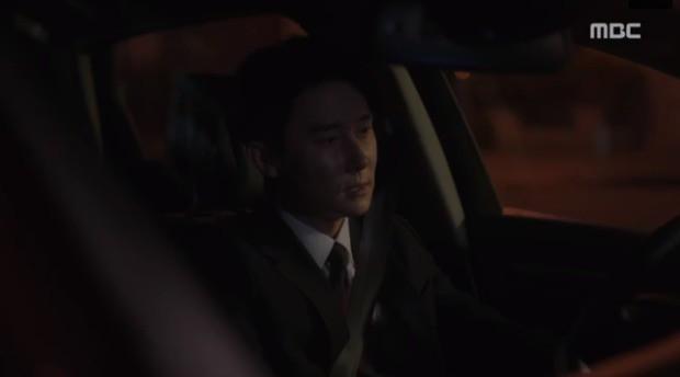 Đêm Xuân tập 9: Han Ji Min nựng môi trai đẹp, nổi cơn tanh bành khi crush bị bồ cũ khẩu nghiệp - Ảnh 19.