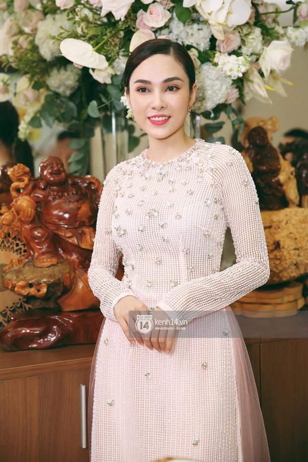 Dương Khắc Linh không giấu được hạnh phúc, Ngọc Duyên thay trang phục liên tục trong lễ rước dâu sáng nay  - Ảnh 14.