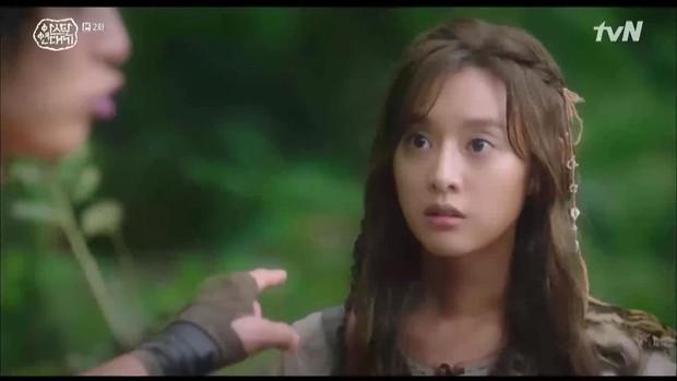 Song Joong Ki bị Kim Ji Won lấy đá chọi đầu, lộ diện là thế hệ đầu của thần tượng Kpop ngay Niên sử ký Arthdal tập 2 - Ảnh 4.