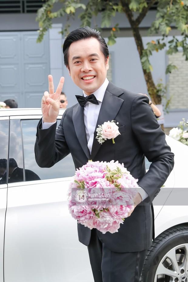 Dương Khắc Linh không giấu được hạnh phúc, Ngọc Duyên thay trang phục liên tục trong lễ rước dâu sáng nay  - Ảnh 3.