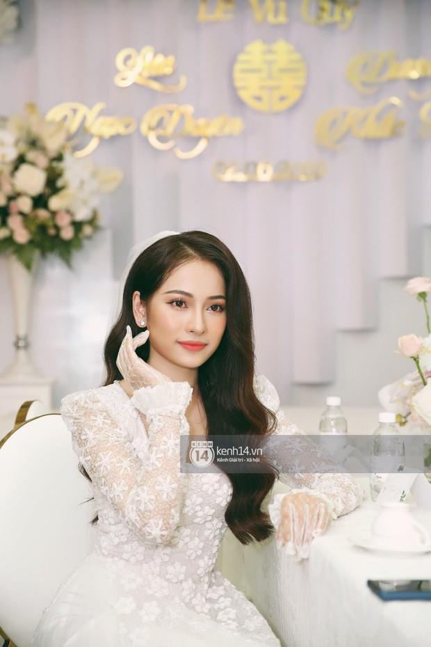 Dương Khắc Linh không giấu được hạnh phúc, Ngọc Duyên thay trang phục liên tục trong lễ rước dâu sáng nay  - Ảnh 11.