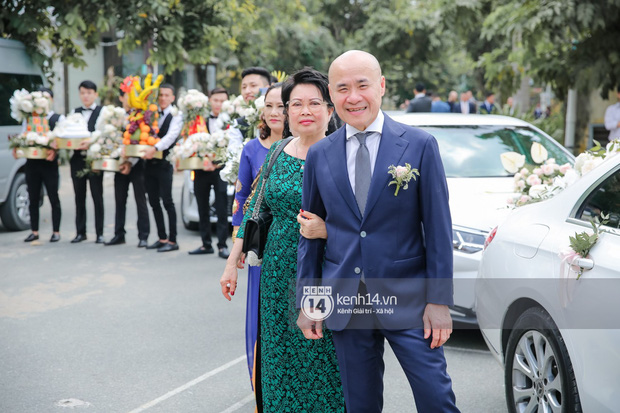 Dương Khắc Linh không giấu được hạnh phúc, Ngọc Duyên thay trang phục liên tục trong lễ rước dâu sáng nay  - Ảnh 4.