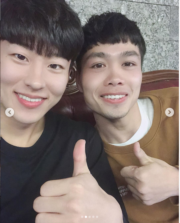 Hội bạn thân Incheon đăng ảnh chia tay Công Phượng cực tình cảm, anh chàng xúc động chỉ biết nói: Love you - Ảnh 4.