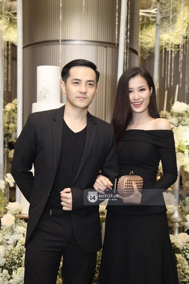 Khoe ảnh dành cả thanh xuân để đi ăn cưới, cặp đôi Đông Nhi - Ông Cao Thắng khiến fan rần rần chờ ngày báo hỷ - Ảnh 3.