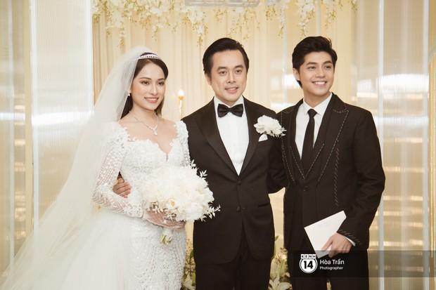 Noo Phước Thịnh, Trấn Thành cùng dàn nghệ sĩ đình đám Vbiz tề tựu tại đám cưới của Dương Khắc Linh - Ngọc Duyên - Ảnh 4.