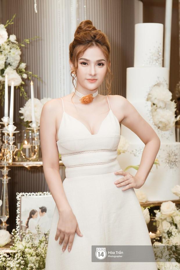 Noo Phước Thịnh, Trấn Thành cùng dàn nghệ sĩ đình đám Vbiz tề tựu tại đám cưới của Dương Khắc Linh - Ngọc Duyên - Ảnh 19.