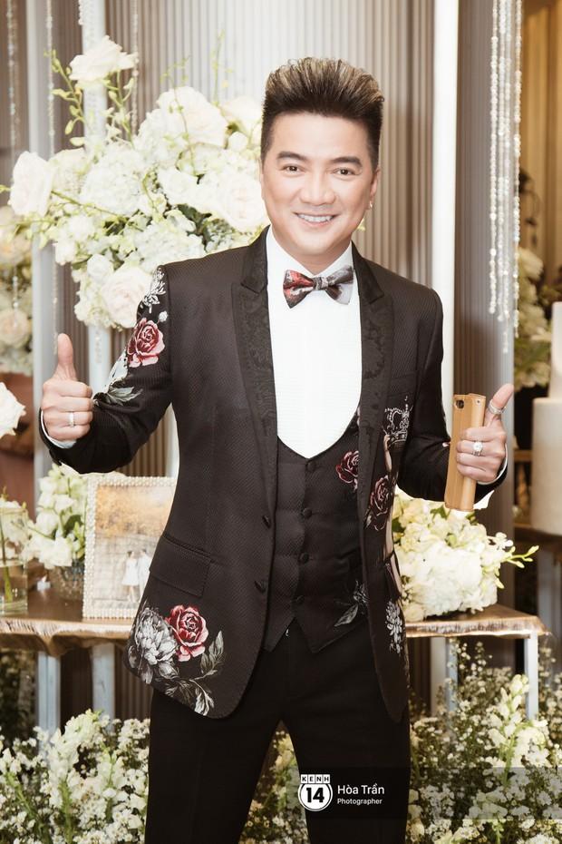 Noo Phước Thịnh, Trấn Thành cùng dàn nghệ sĩ đình đám Vbiz tề tựu tại đám cưới của Dương Khắc Linh - Ngọc Duyên - Ảnh 16.