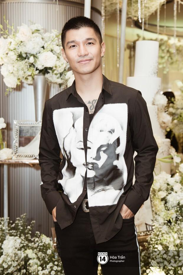Noo Phước Thịnh, Trấn Thành cùng dàn nghệ sĩ đình đám Vbiz tề tựu tại đám cưới của Dương Khắc Linh - Ngọc Duyên - Ảnh 13.