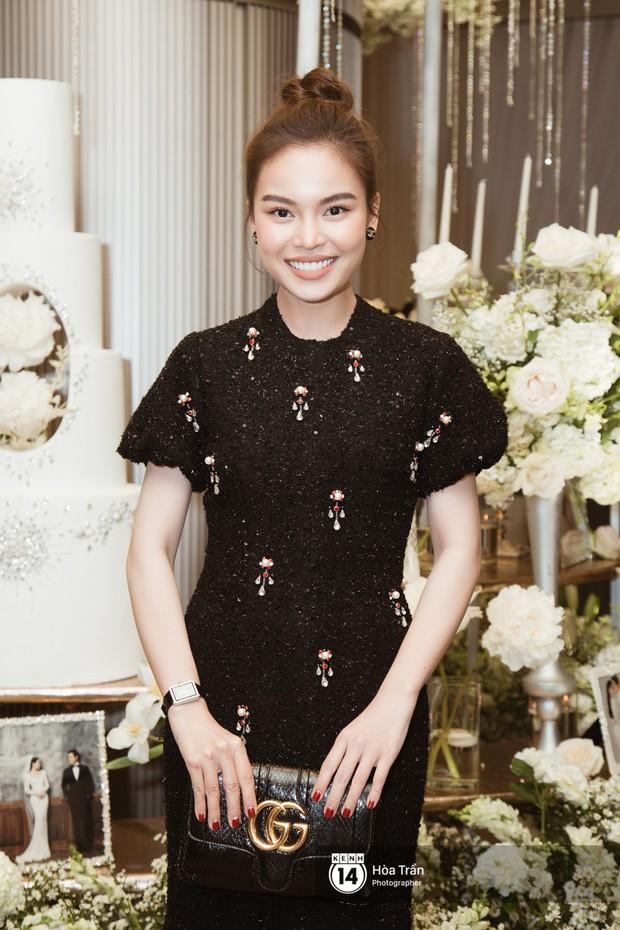Noo Phước Thịnh, Trấn Thành cùng dàn nghệ sĩ đình đám Vbiz tề tựu tại đám cưới của Dương Khắc Linh - Ngọc Duyên - Ảnh 8.
