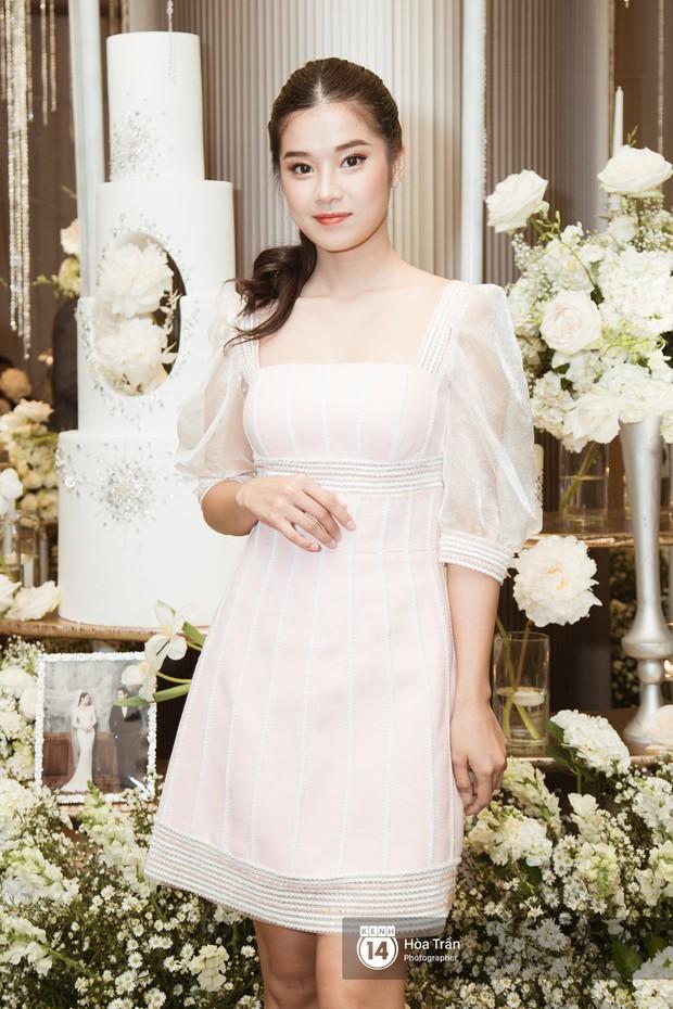 Noo Phước Thịnh, Trấn Thành cùng dàn nghệ sĩ đình đám Vbiz tề tựu tại đám cưới của Dương Khắc Linh - Ngọc Duyên - Ảnh 21.