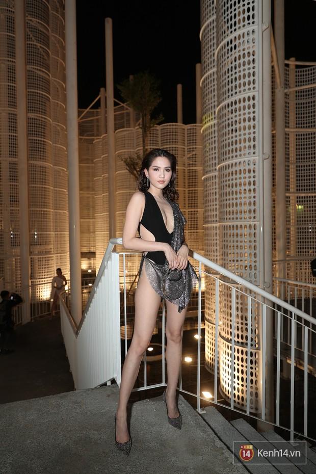 Ngọc Trinh hậu Cannes lại tiếp tục khiến người ta phải ngán ngẩm với bộ đồ hở hang vô lối - Ảnh 1.