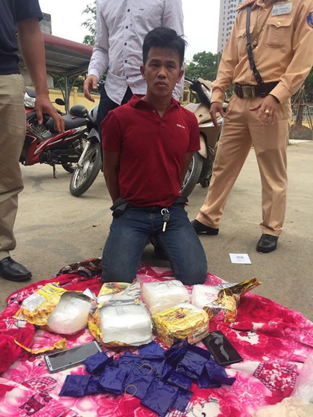Những khoảnh khắc đấu trí trong vụ án bắt 8kg ma túy - Ảnh 2.