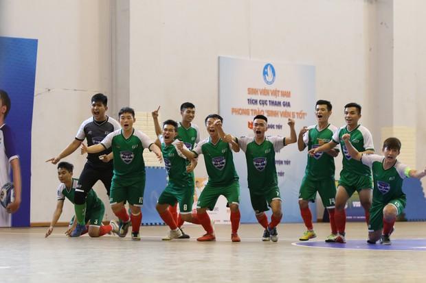 Hành trình đến ngôi vô địch kép VUG 2019 của ĐH Tôn Đức Thắng - Ảnh 5.
