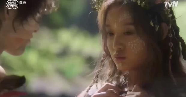 Song Joong Ki bị Kim Ji Won lấy đá chọi đầu, lộ diện là thế hệ đầu của thần tượng Kpop ngay Niên sử ký Arthdal tập 2 - Ảnh 13.