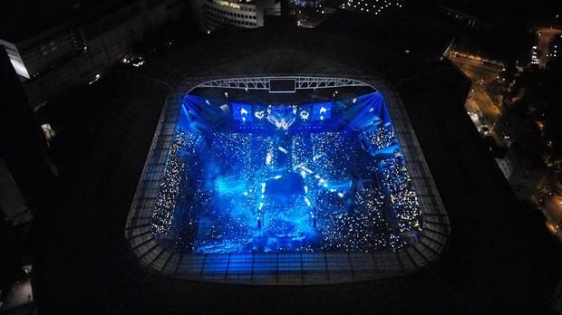 """Ngó ngay SVĐ Wembley và mọi góc mà các thành viên BTS ghé qua vừa """"càn quét"""" thủ đô London của Anh như thế nào? - Ảnh 10."""