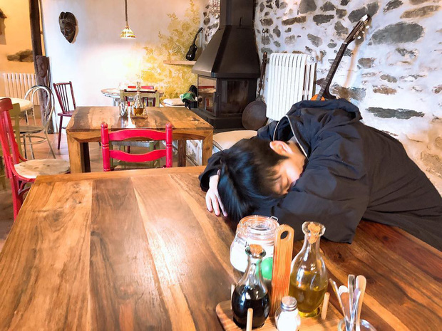 Nhìn hình du lịch của Lee Min Ho mới thấy anh có tất cả trừ một đứa bạn chụp ảnh có tâm - Ảnh 5.