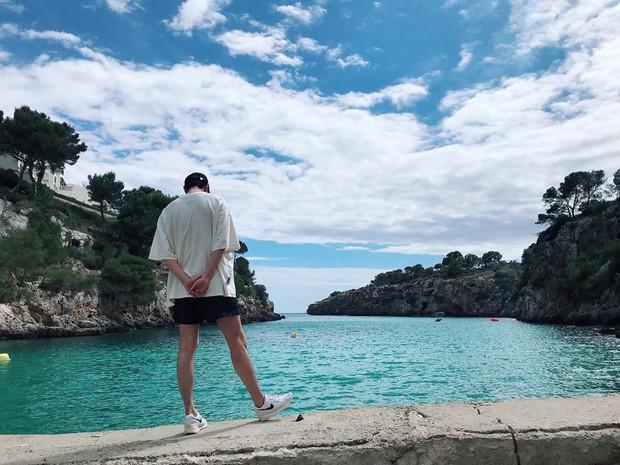 Nhìn hình du lịch của Lee Min Ho mới thấy anh có tất cả trừ một đứa bạn chụp ảnh có tâm - Ảnh 7.