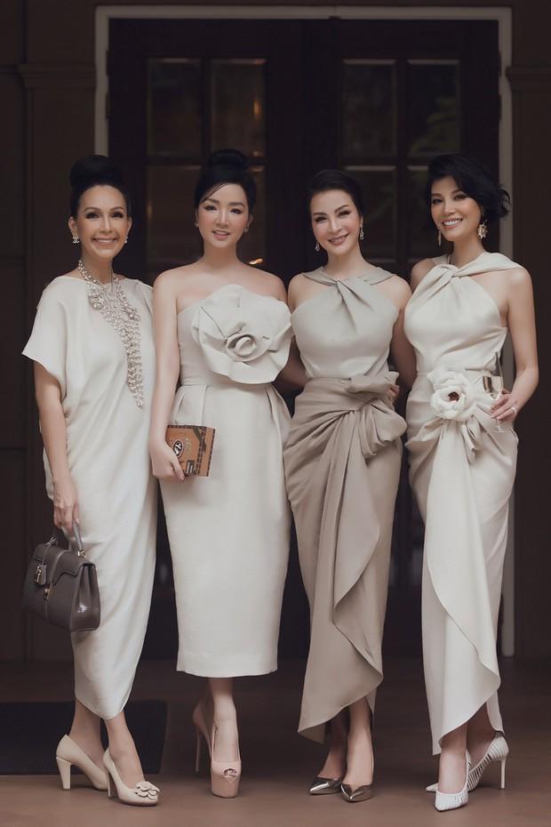 Những hội bạn thân toàn mỹ nhân Vbiz: Từ U30 đến U50 vẫn giữ vẻ đẹp tươi trẻ bất chấp thời gian, phong cách sành điệu miễn chê - Ảnh 17.