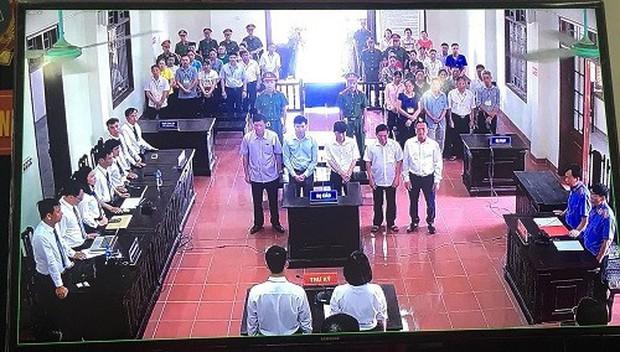 Luật sư lên tiếng và tiết lộ thái độ của Hoàng Công Lương sau phán quyết 30 tháng tù - Ảnh 1.