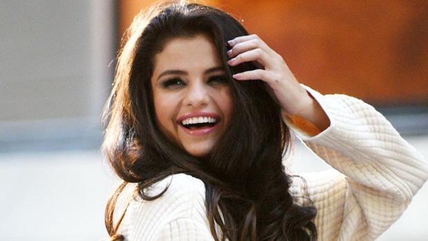 Nghe tin Selena Gomez xoá app Instagram đã sốc, nghe thêm cách mà cô định up ảnh mới còn sốc hơn! - Ảnh 2.