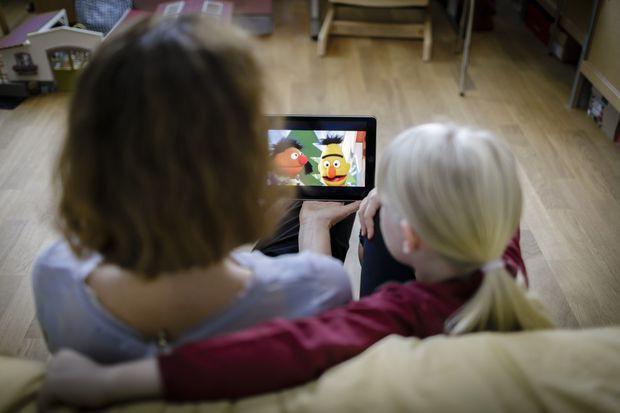 Hàng loạt kênh như Thơ Nguyễn, POPS Kids... có thể sắp bị xóa sổ trên nền tảng YouTube chính  - Ảnh 1.