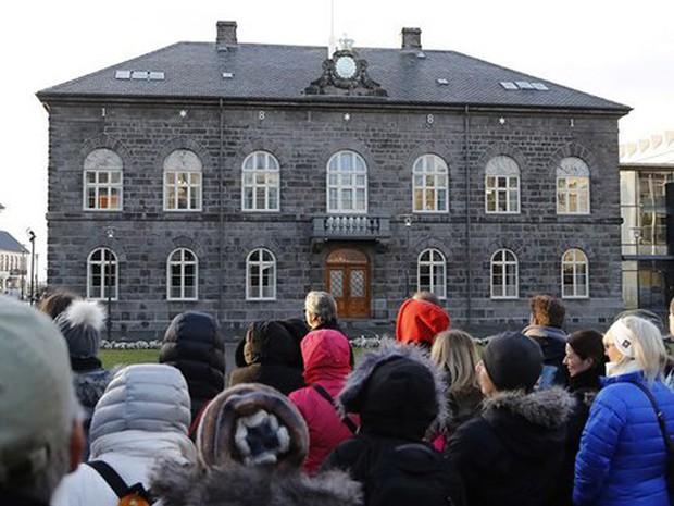 Iceland tiếp tục là quốc gia bình yên nhất thế giới  - Ảnh 1.