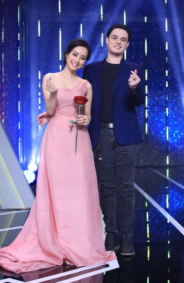 Netizen hoang mang khi soái ca lai Tây của Người ấy là ai xóa hết hình bạn gái, chỉ giữ lại ảnh gái lạ - Ảnh 2.