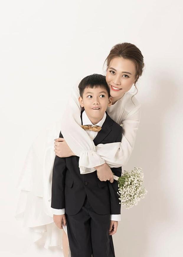 Cường Đô La và vợ sắp cưới cùng đăng ảnh mừng sinh nhật Subeo, đáng chú ý nhất là biểu cảm đáng yêu của cậu bé - Ảnh 1.