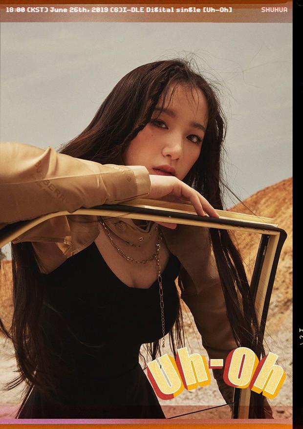 GFRIEND và (G)I-DLE ra teaser: Bản sao Jessica lạc quẻ, thành viên hụt của BLACKPINK như công chúa Jennie - Ảnh 20.
