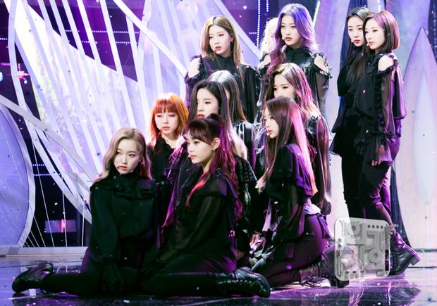 5 album nhóm nữ nhiều no.1 iTunes nhất: Hạng 1 không bất ngờ, Red Velvet và tân binh tiềm năng qua mặt TWICE - Ảnh 3.