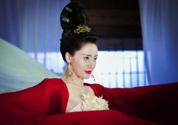 Ekip nghèo nhất làng phim Thái Tử Phi Thăng Chức Ký giờ ra sao: Cặp chính lặn mất tăm, dàn phụ vô danh ngày càng nổi tiếng - Ảnh 4.