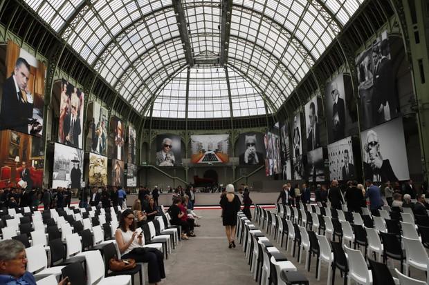 Giới siêu sao, chính trị gia lẫn hoàng gia tề tựu tại Paris vào tháng 6 này chỉ vì một nguyên do: Karl Lagerfeld - Ảnh 1.