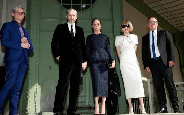 Giới siêu sao, chính trị gia lẫn hoàng gia tề tựu tại Paris vào tháng 6 này chỉ vì một nguyên do: Karl Lagerfeld - Ảnh 8.