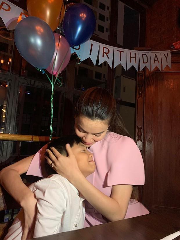 Hồ Ngọc Hà sánh đôi cùng Kim Lý tổ chức sinh nhật ấm áp cho Subeo, tiết lộ món quà đặc biệt dành tặng con trai - Ảnh 3.
