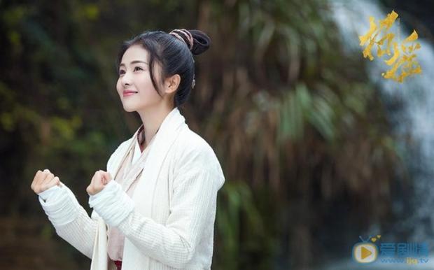 3 nữ thần cổ trang Hoa Ngữ được yêu thích nhất nửa đầu 2019: Cả giới anh hùng võ lâm phát cuồng vì số 1 - Ảnh 10.