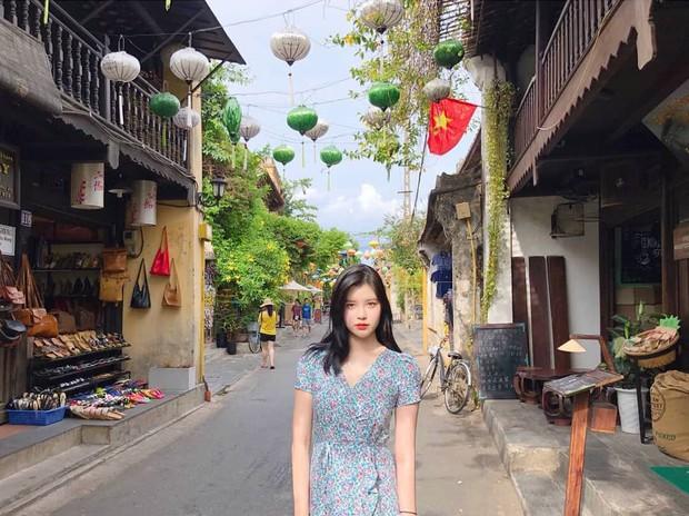 Chìm nghỉm giữa nhóm, nữ idol Kpop bỗng nổi lên nhờ ảnh du lịch Việt Nam hôm nay: Con gái nhìn còn thích! - Ảnh 1.