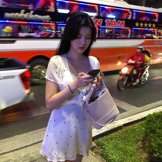 Chìm nghỉm giữa nhóm, nữ idol Kpop bỗng nổi lên nhờ ảnh du lịch Việt Nam hôm nay: Con gái nhìn còn thích! - Ảnh 7.