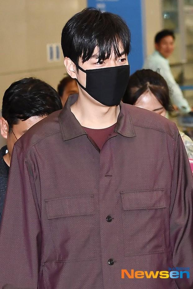 Lee Min Ho và Suzy lần lượt xuất hiện tại sân bay gần sinh nhật, tạo nên khung cảnh na ná ảnh hẹn hò 4 năm trước? - Ảnh 6.