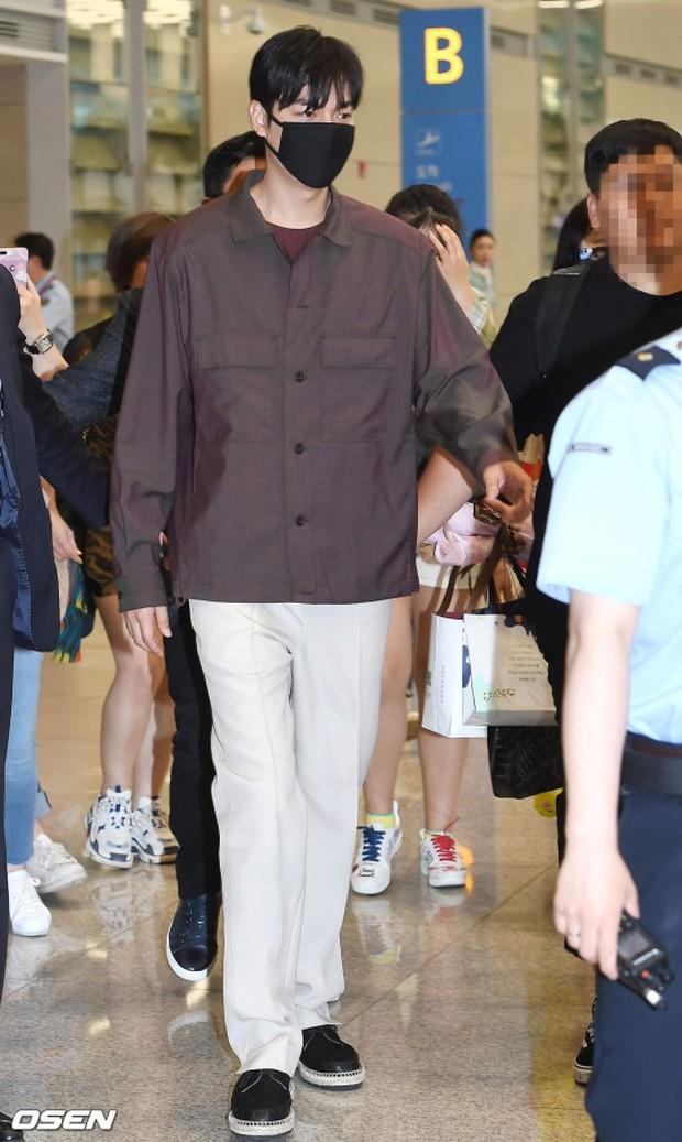 Lee Min Ho và Suzy lần lượt xuất hiện tại sân bay gần sinh nhật, tạo nên khung cảnh na ná ảnh hẹn hò 4 năm trước? - Ảnh 7.